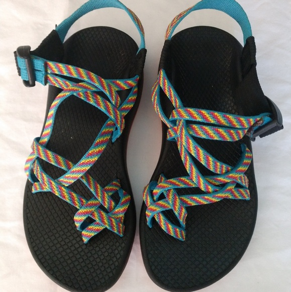 cedacc955bb6 Chaco Shoes - Rainbow chacos x2 sandals